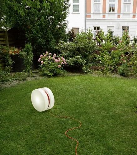 Lampe d exterieur YoYo Authentics blanc baladeuse design jardin
