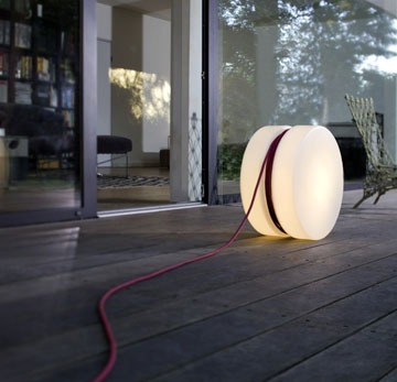 Lampe de jardin outdoor for Baladeuse design exterieur