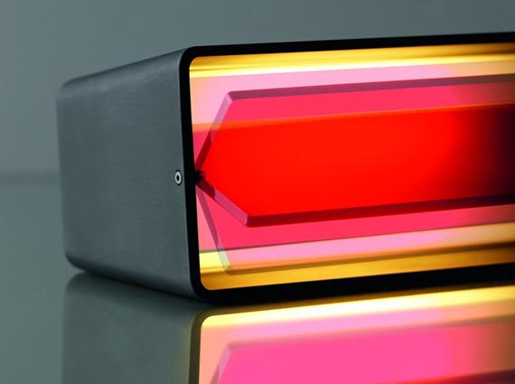 Box Karboxx lampe à poser rouge de chevet