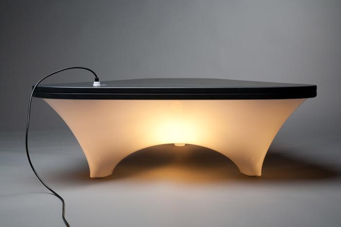 staticplastic_table lumineuse Nedgis '