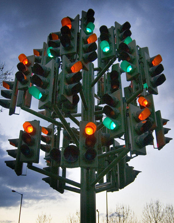 Traffic_Light_Tree Pierre vivant 2 Nedgis