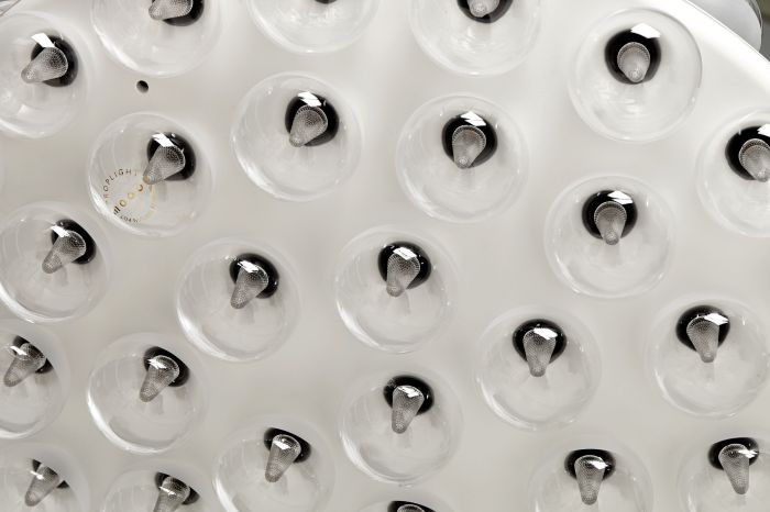 prop-light-round-double-detail-off-188-forweb-moooi