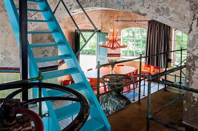 Hotel hollande mobilier luminaire industriel lustre orange exceptionnel