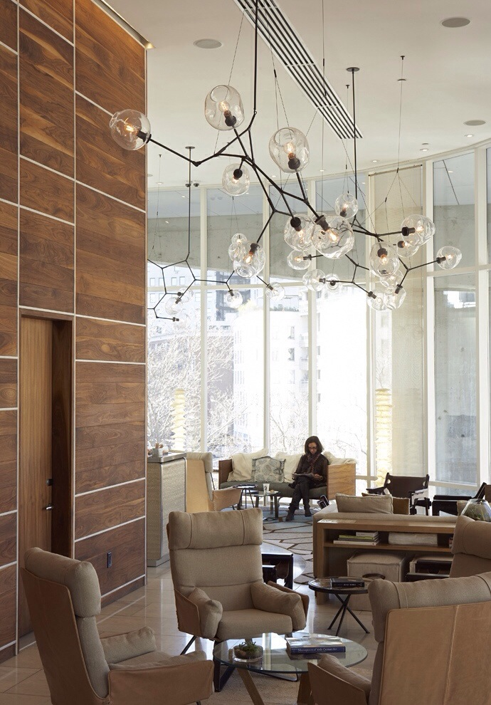 simple lustre suspension lindsey adelman verre souffle luminaire design with suspension pour couloir. Black Bedroom Furniture Sets. Home Design Ideas