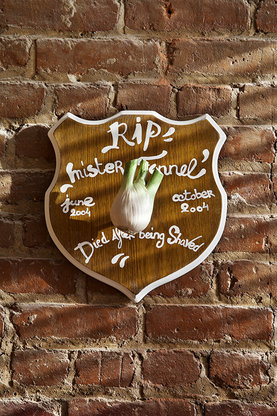 MOB_JamesEwing004_loft new york luminaire decale industriel restaurant vegetarien brooklyn 2