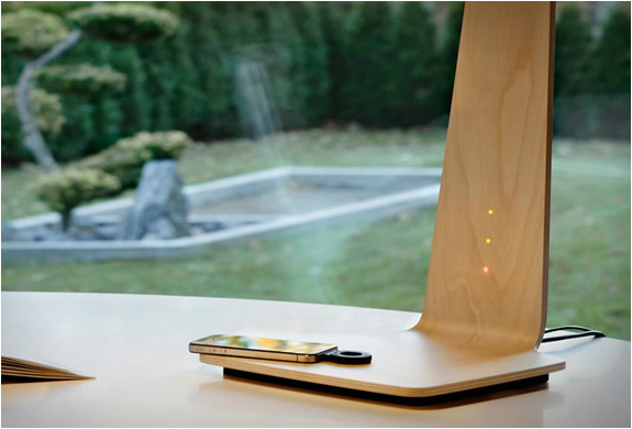 tunto-powerkiss-led-lamp-wireless-charger 8LED BIRCH BOULEAU DESIGN