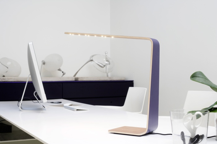 tunto-powerkiss-led-lamp-wireless-charger 8LED BIRCH BOULEAU violet purple DESIGN_5