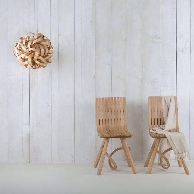 Tom raffield, designer anglais, luminaire ecolo, bois