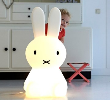 miffy-xl_jannes-hak-et-lennart-bosker_stempels-et-co_mrmiffy-xl_luminaire_lighting_design_signed-14988-product