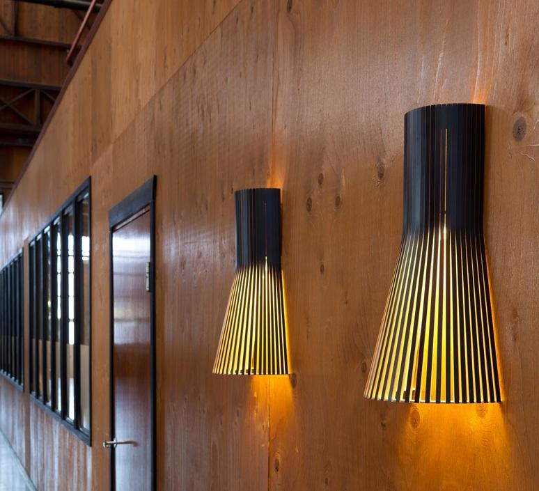 La A Recherche Les Murales… Luminaire DesignDécouvrez D'un Appliques BQCdrexWo