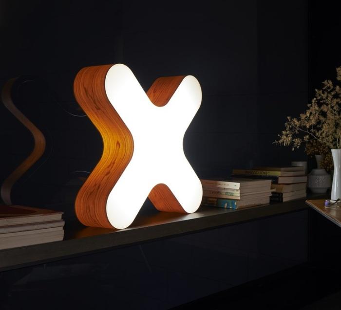 LAMPE À POSER, X-CLUB, BOIS NATUREL DE CERISIER, H58CM - LZF