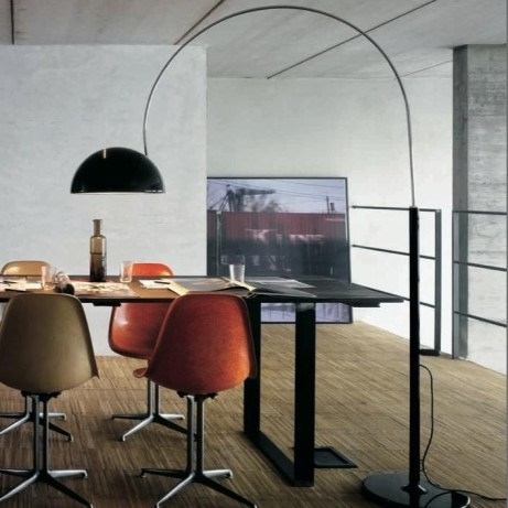 Lampadaire design Coupé, noir, H190cm - Oluce