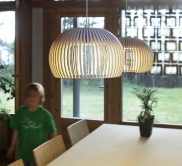 Secto Design : des lampes en bois chics et élégantes, au style très scandinave...