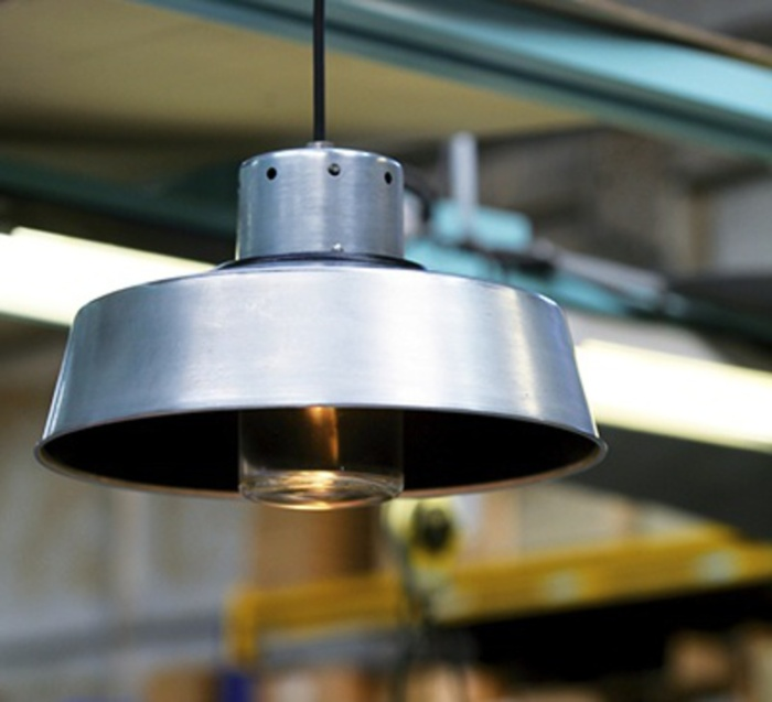 Suspension, Faktory 2, zinc brut, H50cm, L34,6cm - Roger Pradier