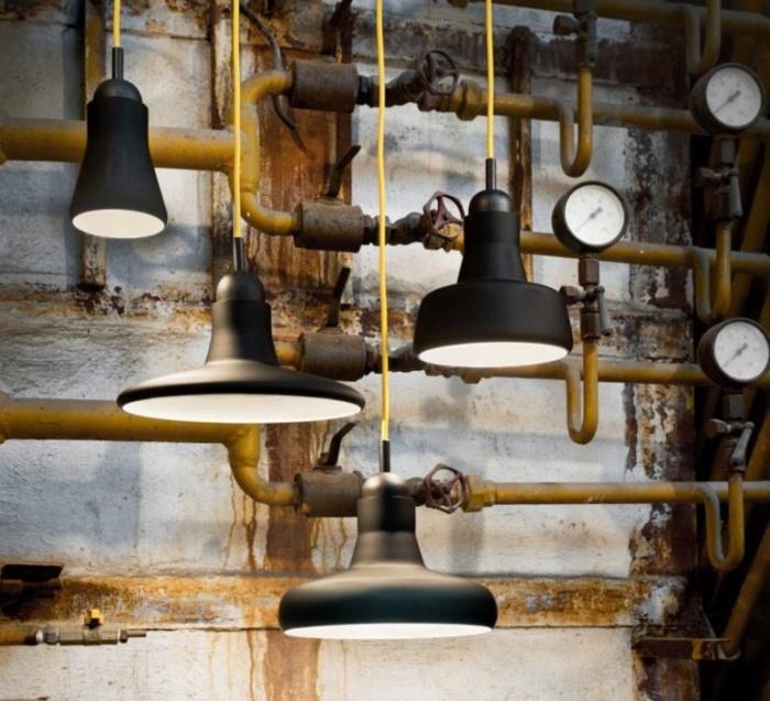 luminaires en verre souffl et savoir faire artisanal la maison brokis tonne. Black Bedroom Furniture Sets. Home Design Ideas