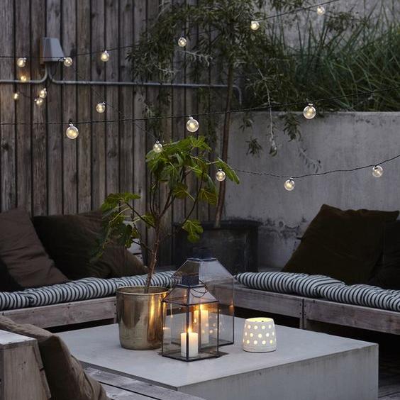 Les guirlandes lumineuses, des luminaires élégants et design pour des espaces décorés en toute légèreté !