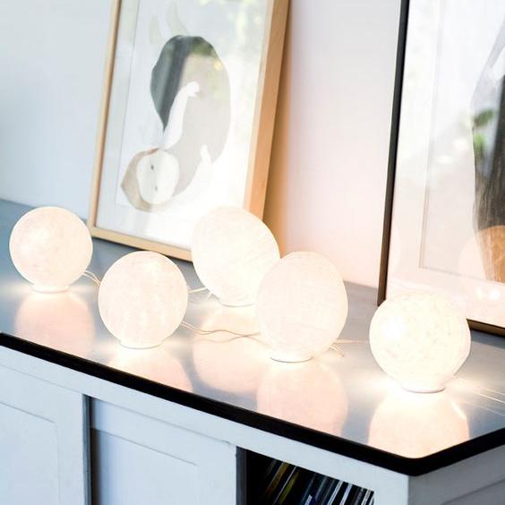 Les guirlandes lumineuses, des luminaires élégants et design pour des espaces décorés en toute légèreté!