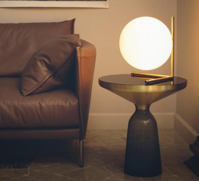 Lampe à poser, IC T2, laiton, H35cm – Flos