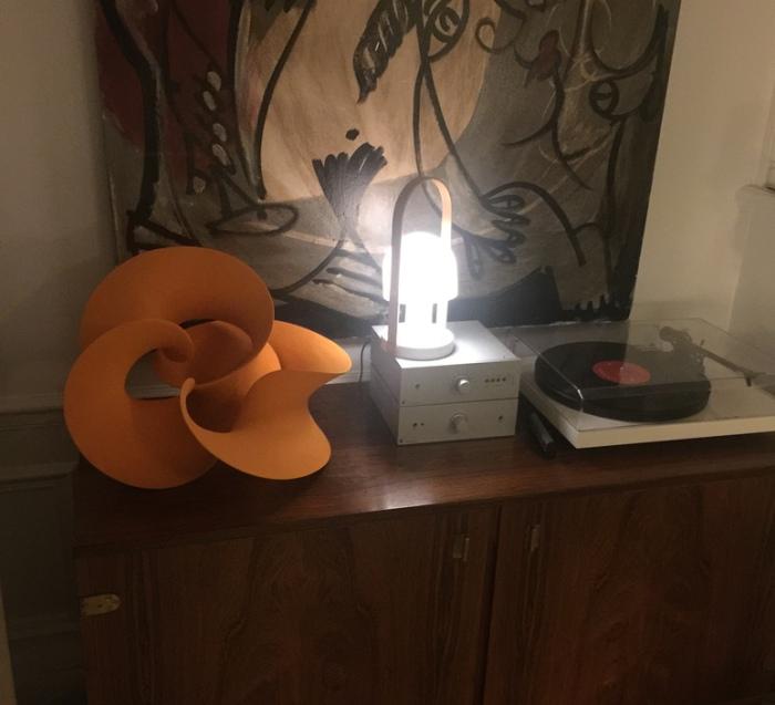 J-18 : L'indispensable lampe FollowMe, de Marset