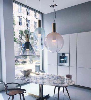 L'élégante maison Bomma et ses luminaires design en verre soufflé !
