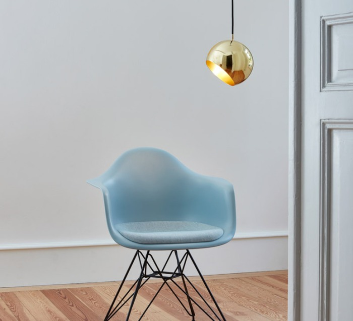 J-1 : La design suspension Tilt Globe de Nyta