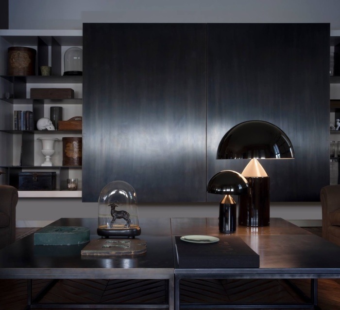 atollo_vico-magistretti_oluce_233-black_luminaire_lighting_design_signed-22115-product