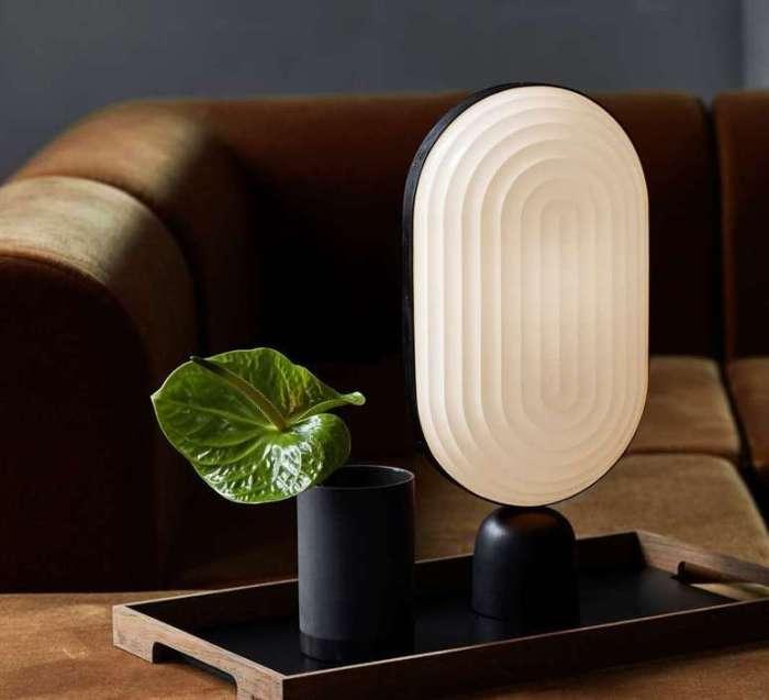 A la découverte du papier plissé avec les luminaires ultra design de la marque danoise, Le Klint !