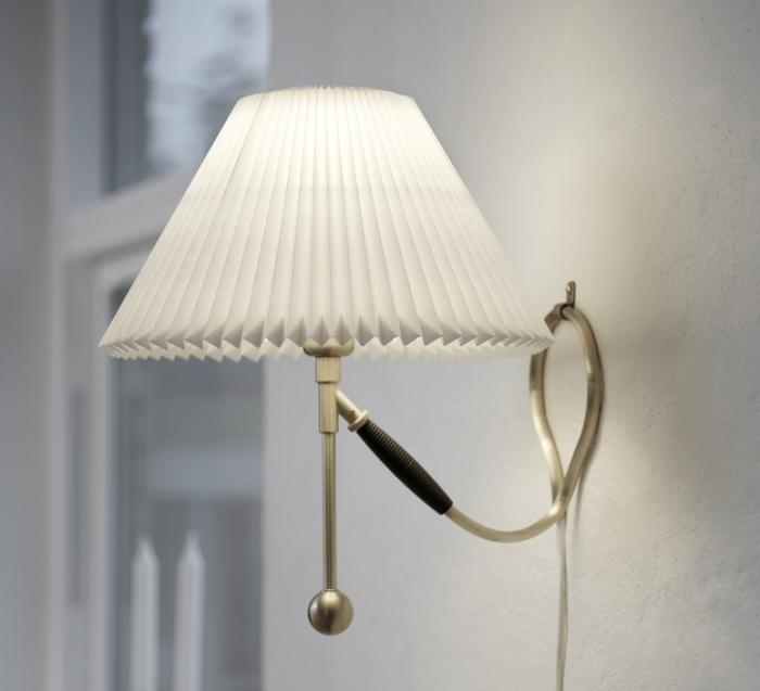 LAMPE À POSER/ APPLIQUE MURALE, 306 PAPER, BLANC, LAITON, Ø35CM, H41CM - LE KLINT