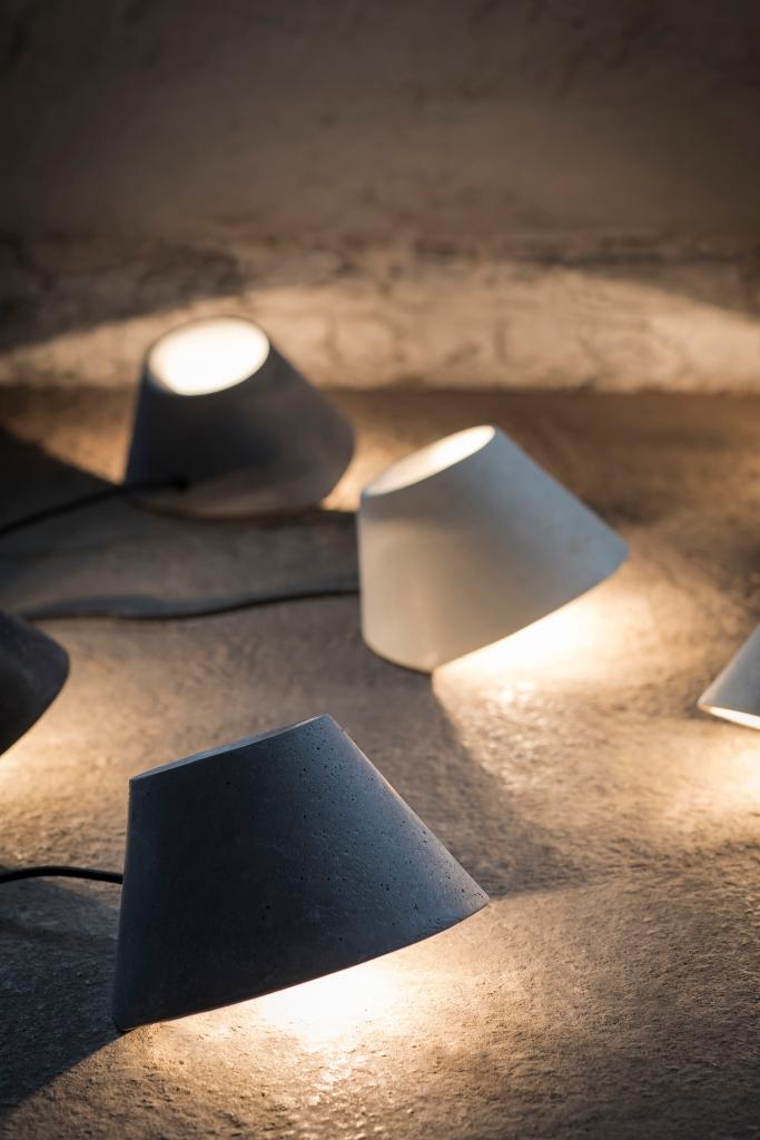 LAMPE À POSER, EAUNOPHE S, NOIR, LED, Ø22CM, H15CM - SERAX