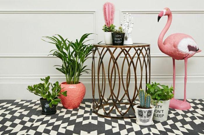 Motifs glamours, teintes pastels et dorées ; optez pour la tendance Miami !