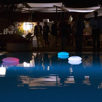 Lieu de détente par excellence... voici comment éclairer sa piscine !