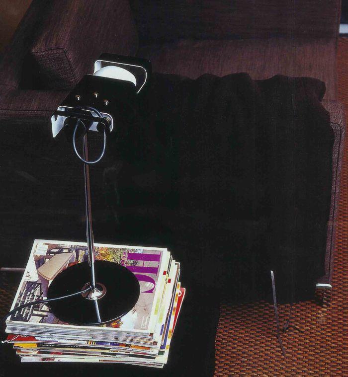 spider-lampe-de-bureau-joe-colombo-noir-oluce-12260_3