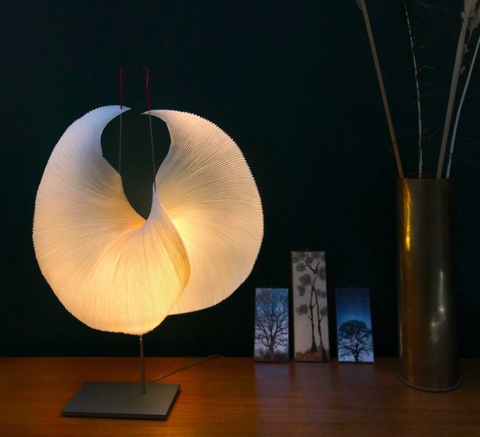 LAMPE À POSER, THE MAMO NOUCHIES, YORUBA ROSE, BLANC, Ø50CM, H60CM - INGO MAURER