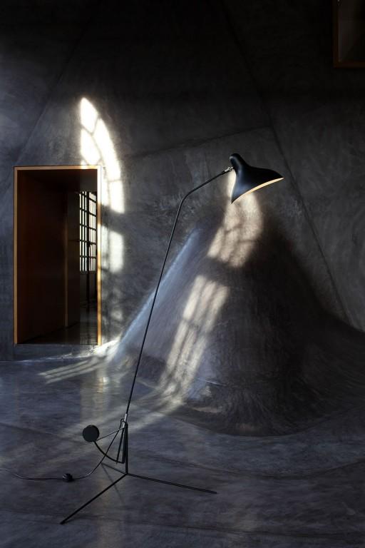 LAMPADAIRE, MANTIS BS1, NOIR, Ø74CM, H155CM - DCW EDITIONS