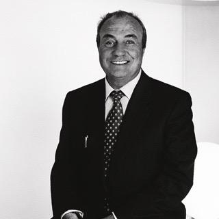 Zoom sur un designer italien de renom : Ernesto Gismondi, créateur d'Artemide !