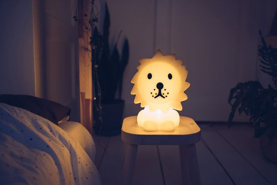 LAMPE À POSER ENFANT, VEILLEUSE, FIRST LIGHT - LION, JAUNE, LED, 2700K, 100LM, L19CM, H25CM - MR MARIA