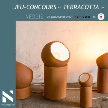 Jeu-concours Serax pour cet été 2020 : un lampadaire à la teinte terracotta à gagner !