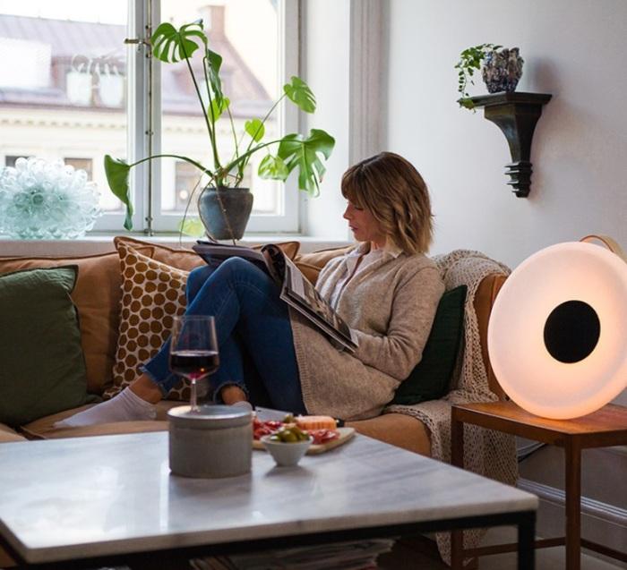 L'enceinte lumineuse Eclipse Speaker de la marque Mooni