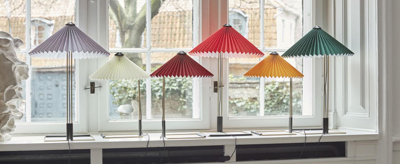 LAMPE À POSER, MATIN 300, JAUNE, LED, 2800K, 150LM, Ø30CM, H38CM - HAY