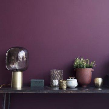 Zoom sur la couleur lilas : la couleur printanière apaisante et tendance !